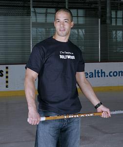 http://www.hockeyworldblog.com/wp-content/uploads/2009/09/Manny-Malhotra.jpg