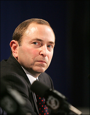 NHLFA co-founder Jim Boone asks Gary Bettman to retire as commissioner of the NHL