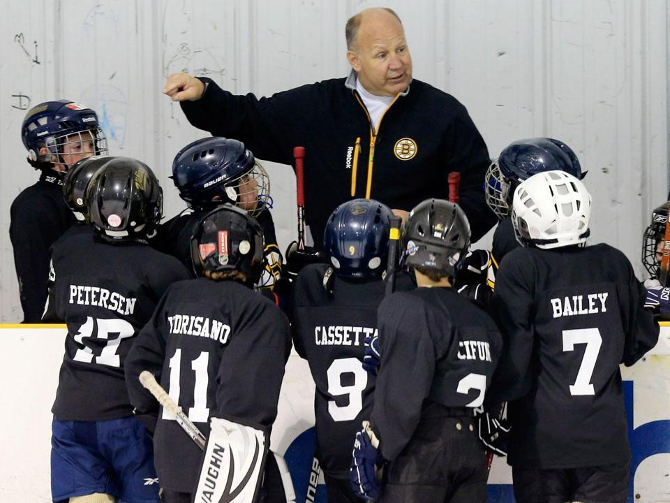 how to become a hockey coach