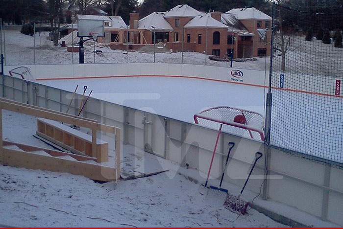 Great Bill Guerin Backyard Hockey Rink   After