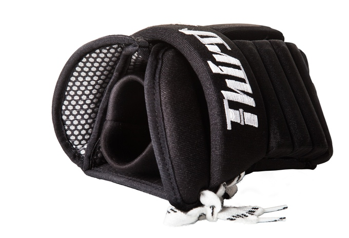 Third Assist Pond Hockey Gloves