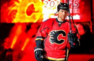 Hockey-world-blog-dennis-wideman-300x195